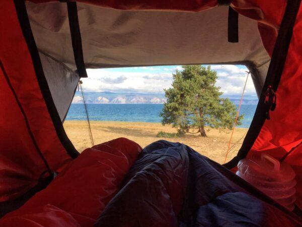 6 причин купить себе автомобильную палатку вместо обычной